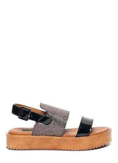 Kuum Dolgu Tabanlı Sandalet Gümüş